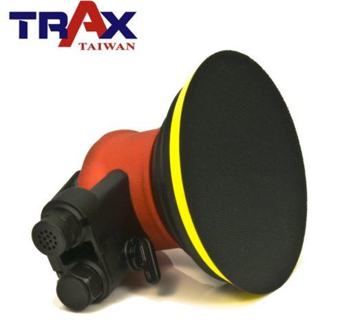 TRAX ARX-OB51 (5吋單顆日本培林氣動研磨打蠟機) 5 - <div>使用單顆日本進口培林,重量輕、運轉順暢、壽命長</div> <div>人體工學防滑橡膠設計,體積嬌小好握 、 好操作</div> <div>超輕量化塑鋼機身,加轉盤只有0.8kg</div> <div>雙配重專利設計,超低振動,超靜音</div> <div>可微調轉速,打蠟、研磨都好用</div> <div>汽車、重機、自行車打蠟輕鬆上手!</div>