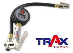 ARX-75CC [三用型夾頭電子式輪胎打氣胎壓計(160psi)] 7 - *電子顯示,打氣更精確! *錶頭可360度旋轉,方便各角度檢視胎壓。 *三用型,打氣、測壓、洩氣一次完成。 *夾式進氣頭設計適合機車及腳踏車使用。 *90秒自動斷電 *可自行更換CR2032電池